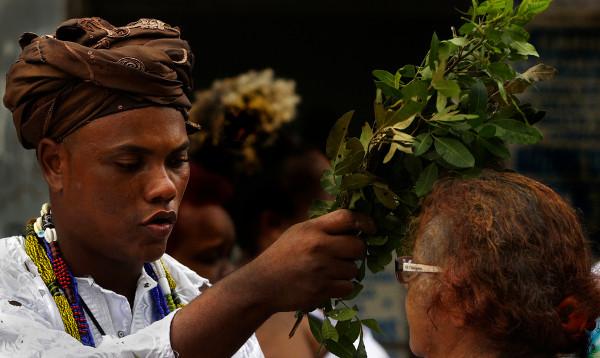 As religiões afro-brasileiras estão presentes principalmente no estado da Bahia.