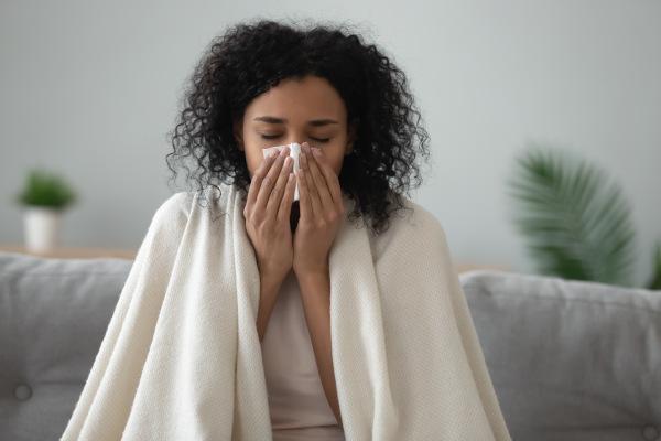 Apesar do que muitas pessoas pensam, a gripe pode desencadear complicações graves, sendo, portanto, uma doença que merece atenção.