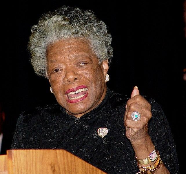 Maya Angelou foi uma artista norte-americana que atuou nas mais diversas áreas. [1]