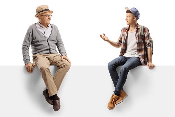 A diferença de idade leva as pessoas a comunicarem-se de forma distinta.