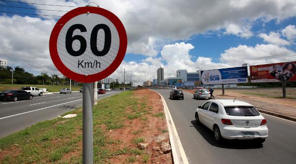 O respeito à sinalização é uma das ações da Semana Nacional do Trânsito.[1]