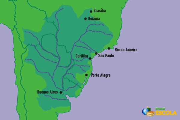 A bacia Platina passa pelos territórios de cinco países da América do Sul.