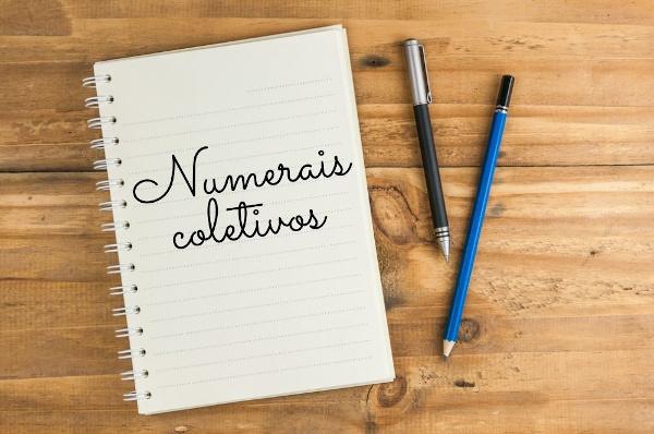 Os numerais coletivos podem estar no singular ou no plural.