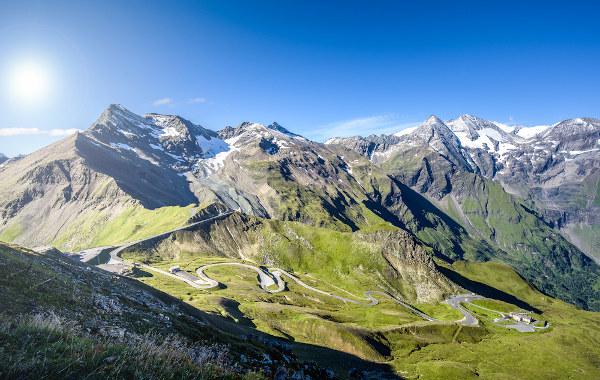 Vista das montanhas de Grossglockner na cidade de Salzburgo, na Áustria.