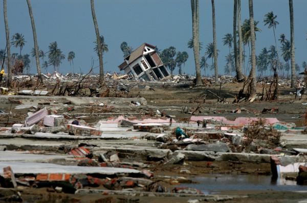 O pior tsunami da história aconteceu na Indonésia, em dezembro de 2004. [1]