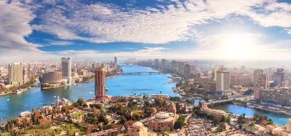 Imagem aérea de Cairo e do rio Nilo.
