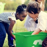 crianças reciclagem