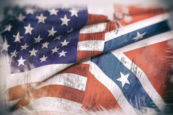 Bandeiras usadas na Guerra de Secessão: à esquerda, a da União, que representava o norte, e, à direita, a dos Confederados, representando o sul.