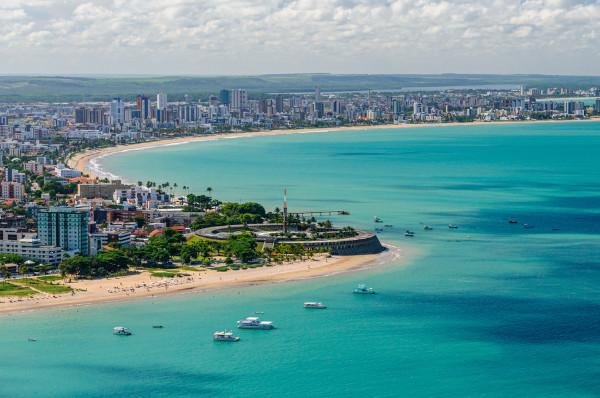 Vista parcial das praias de Tambaú e Manaíra em João Pessoa, Paraíba. [1]