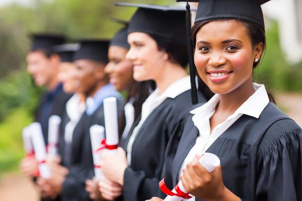Participação no Enade é requisito para colação de grau