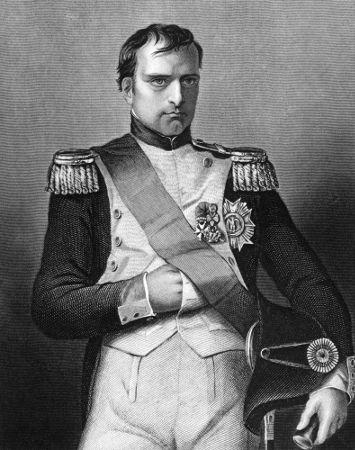 http://brasilescola.uol.com.br/upload/conteudo/images/napoleao-bonaparte-foi-um-dos-principais-generais-participes-revolucao-francesa-tambem-imperador-franca-563d0feb91740.jpg