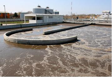 Floculação de água poluída