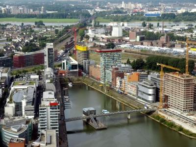 Dusseldorf, Alemanha. Cidade importante pelo seu dinamismo industrial