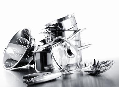 Utensílios domésticos feitos de aço inoxidável