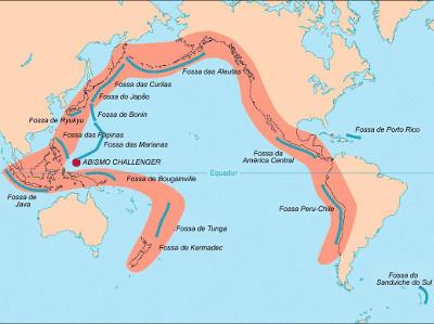 Mapa do Anel de Fogo do Pacífico, com uma área muito coincidente com o destaque acima