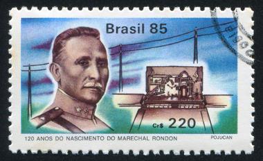 Selo emitido em 1985 em comemoração aos então 120 anos do nascimento de Rondon *