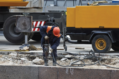 Obras e construções, além do trânsito, aumentam a poluição sonora nas cidades