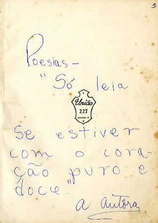 Aos nove anos, Ana Cristina já se considerava autora. O aviso na capa de um de seus cadernos adverte o leitor *