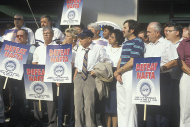 Sindicatos e trabalhadores protestam contra o Nafta em Washington, capital dos EUA *