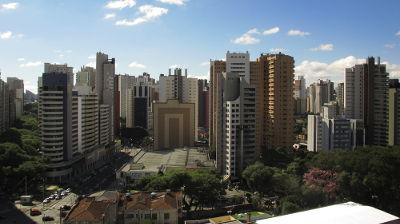 Curitiba, metrópole nacional