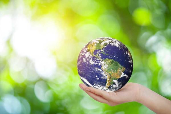 Promover o desenvolvimento sustentável é uma meta mundial e é tema de debate em diversas conferências.