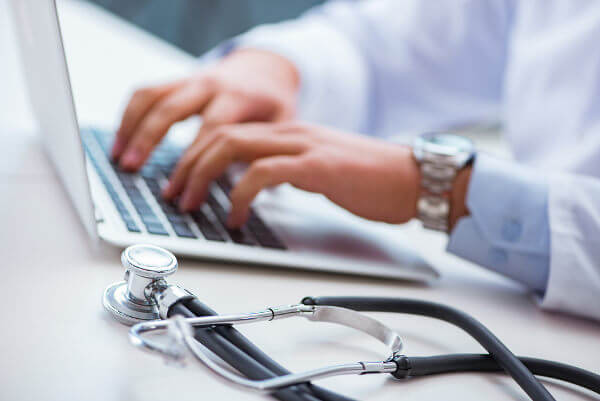 Durante o curso de Medicina, serão estudadas diferentes disciplinas relacionadas com o corpo humano.