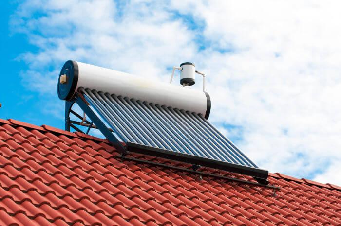 Aquecedor solar elétrico
