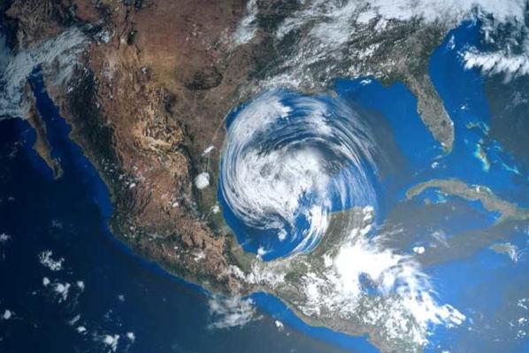 Fenômenos como furacões são estudados pela Climatologia.