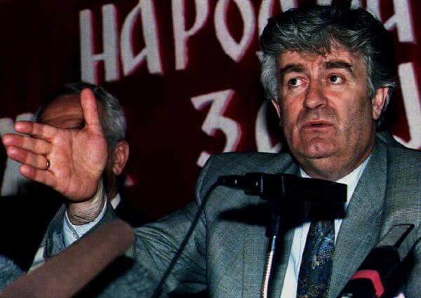 Radovan Karadzic foi presidente dos sérvios da Bósnia e um dos grandes opositores da independência da Bósnia.*