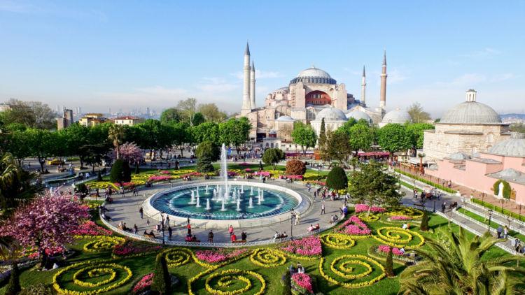 Istambul é a maior cidade da Turquia.