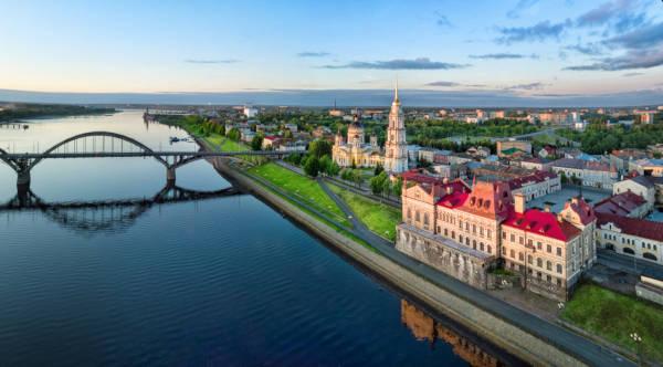 O Rio Volga é o maior rio do continente europeu em extensão, com 3688 km.