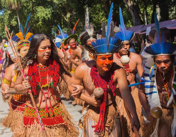 Atualmente há encontros indígenas pelo Brasil, nos quais a nossa cultura nativa é promovida por meio de exposições de dança, música, vestimenta etc. [2]