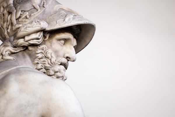 Escultura romana de Menelau, trazendo a proporção e o ideal de beleza grego.