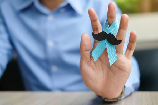 O mês de novembro é o período do ano de conscientização do câncer de próstata.