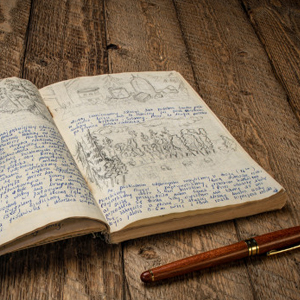caneta e livro