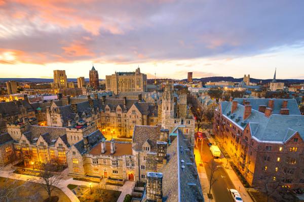 Yale University é a terceira instituição de ensino superior mais antiga dos Estados Unidos