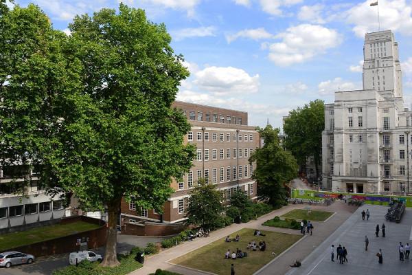 SOAS University of London, na Inglaterra