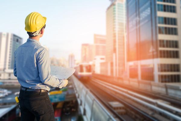 Engenheiro civil é o profissional responsável por planejar e gerenciar obras